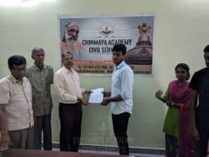 IAS aspirant getting admission from Chinmaya IAS Academy faculty members in Chennai